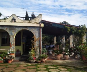 Maracalagonis: loc. Monte Nieddu Villa with breathtaking uninterrupted panoramic views from the green hills to the sea